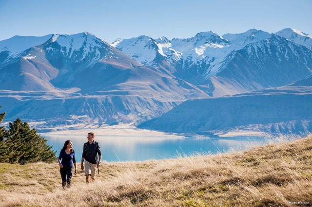 AT48-Hooker-Valley-Mount-Cook-National-Park--Canterbury-Miles-Holden